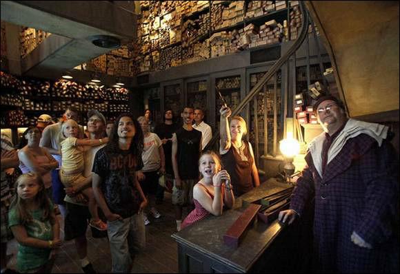 USJハリーポッター 魔法の杖 オリバンダーの店