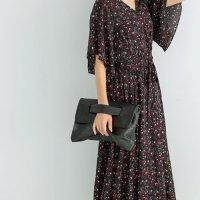 フレア5分袖フラワー柄カシュクールロングワンピース。大人の上品でキレイめファッションSTYLEDELI(スタイルデリ)2017春夏流行のトレンドアイテム